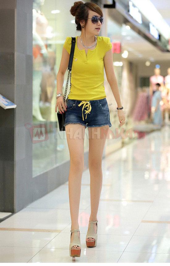 Ao thun Fashion co chu V cach dieu Nhanhmua