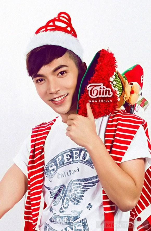 Bien hoa sac mau cung hot boy party Giang sinh