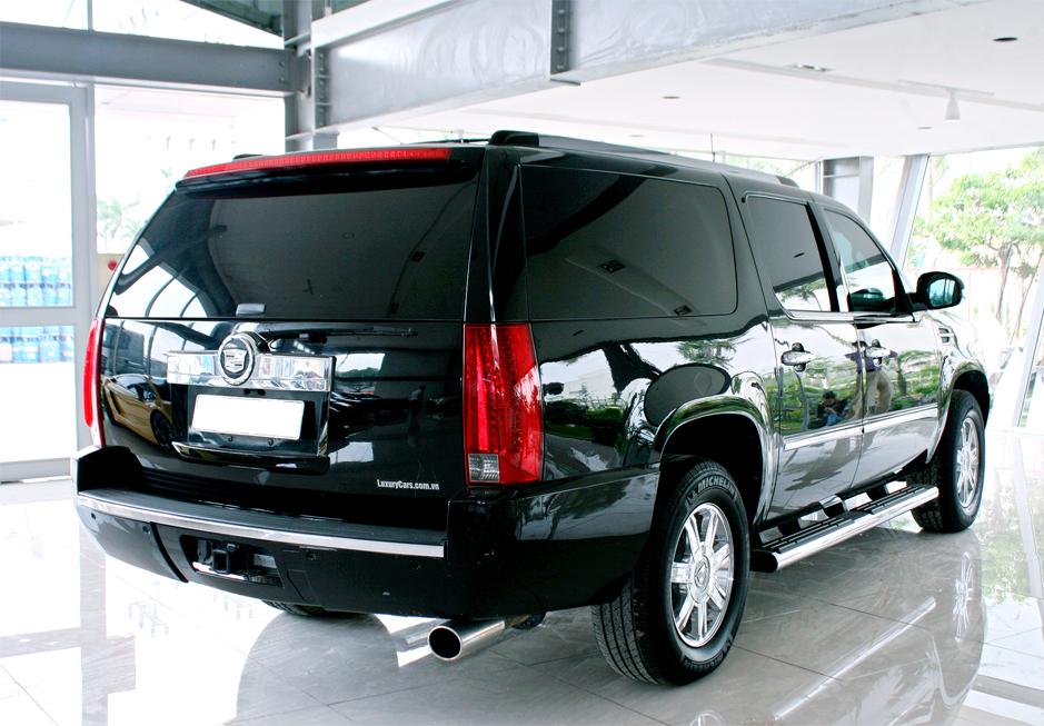 Cho thue xe Limousine Cadillac den tai Ha Noi