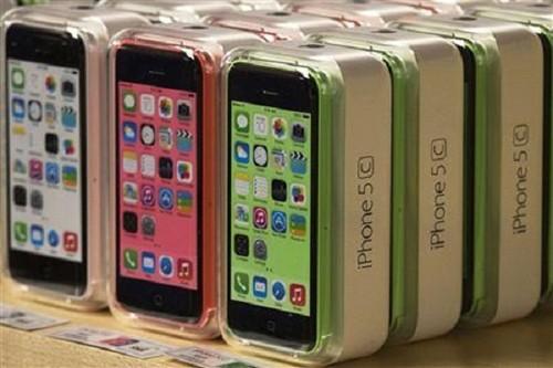 Dang sau quyet dinh giam san luong iPhone 5C cua Apple