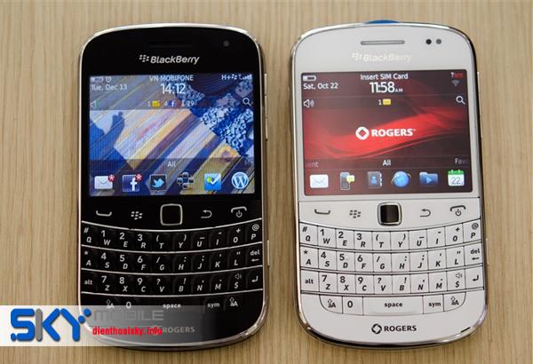 Dia chi ban Blackberry 9900 gia tuyet voi tai Ha Noi