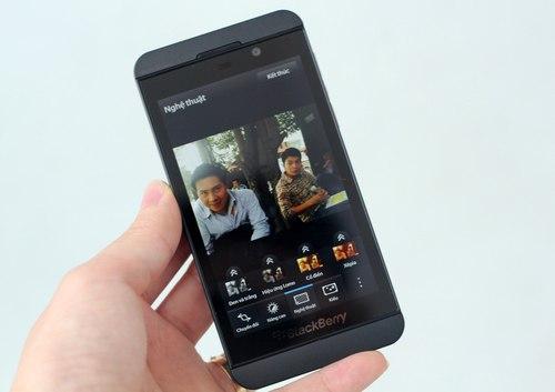 Dia chi ban Blackberry Z10 gia hot nhat tai Ha Noi