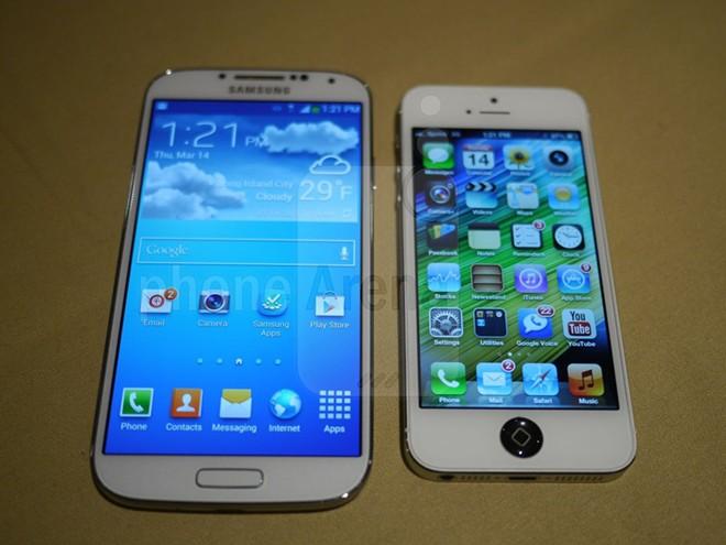 Do phan hoi cua iPhone 5 nhanh gap doi Galaxy S4