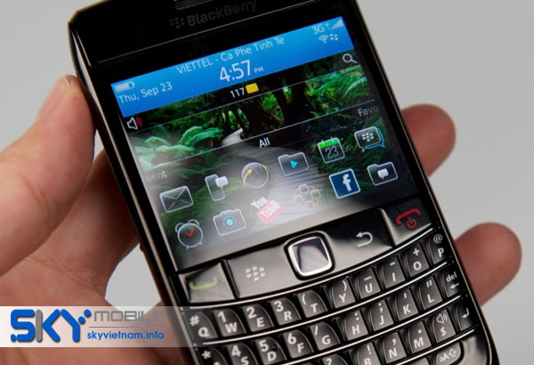 Noi ban Blackberry 9780 gia sieu quot hot quot duy nhat tai Ha Noi