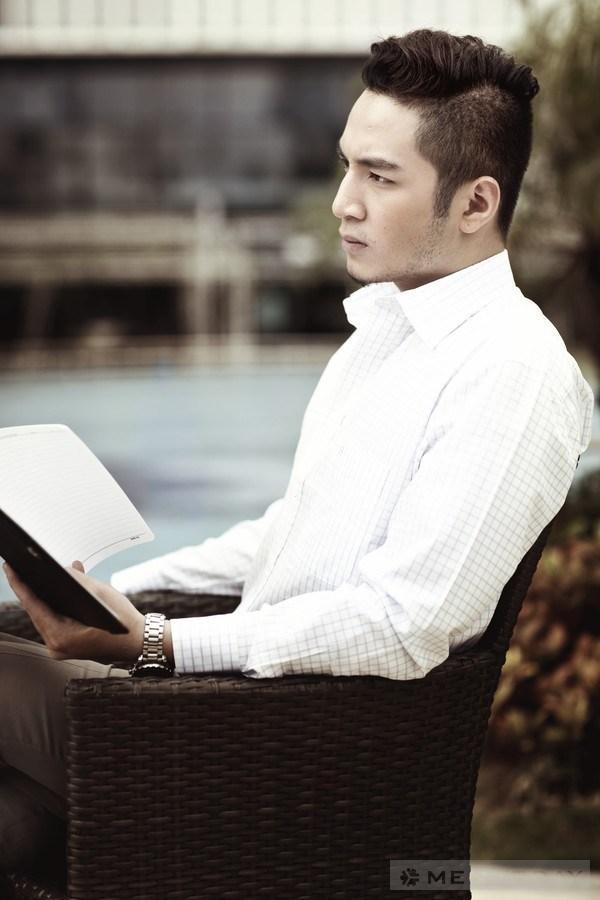 Phong cach don gian va co dien doanh nhan