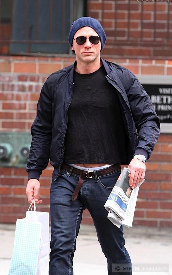 Phong cach thoi trang don gian va quyen ru cua Daniel Craig
