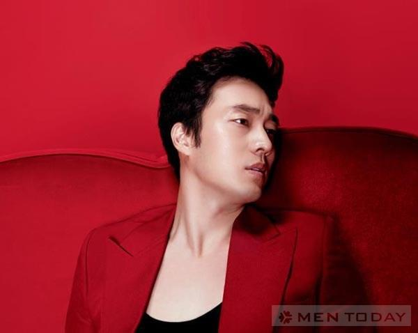 So Ji Sub quyen ru chet nguoi tren High Cut Magazine