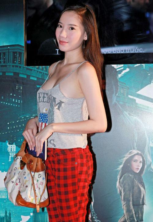 Thoi trang kiem vai cua Chung Thuc Quyen