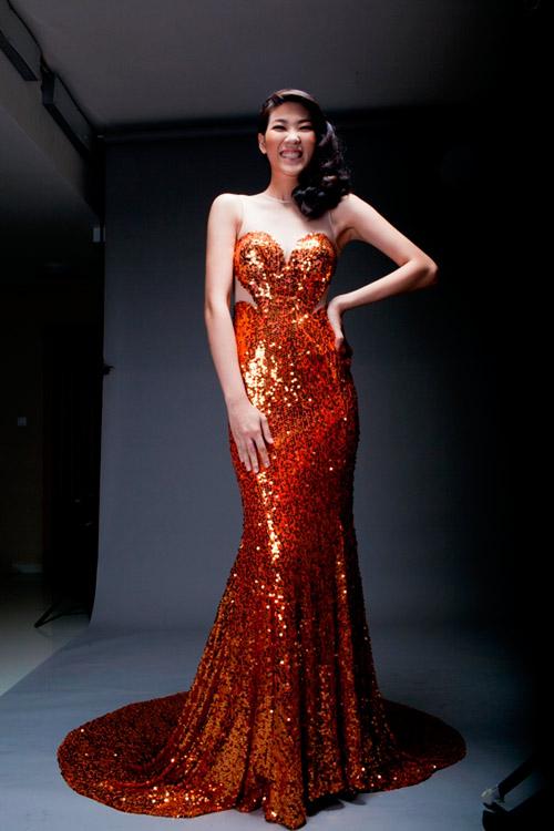 Top Model mac dam duoi ca khoe hinh the